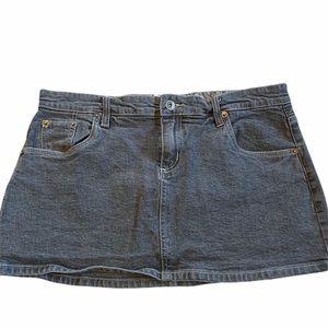 Chor denim mini skirt black wash size large